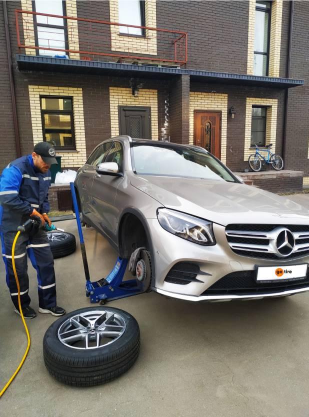Сезонная замена шин Mercedes