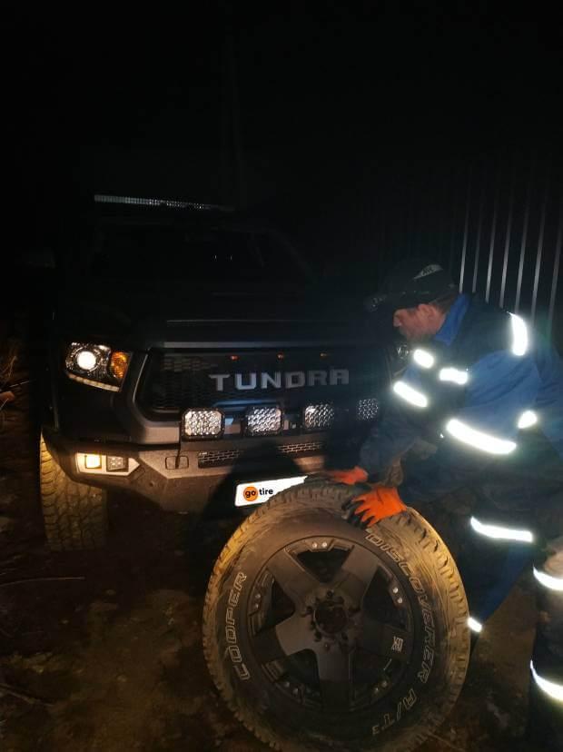 Боковой порез Toyota Tundra